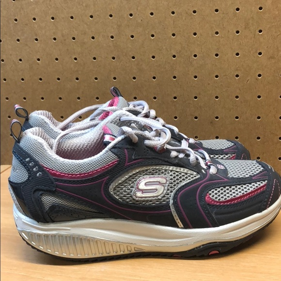 Sketchers Shape Ups Women's  Shoes Sneakers White Comfort Support Size Sz 8.5